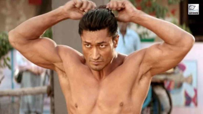 Vidyut Jammwal Stunt Video uses the most deadly weapon Urumi