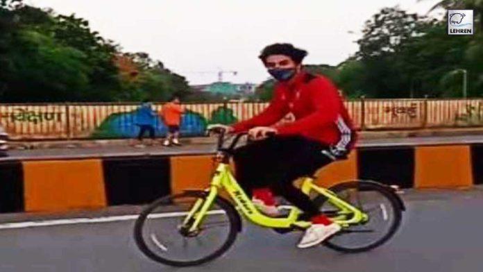 Ibrahim Ali Khan Cycling Video