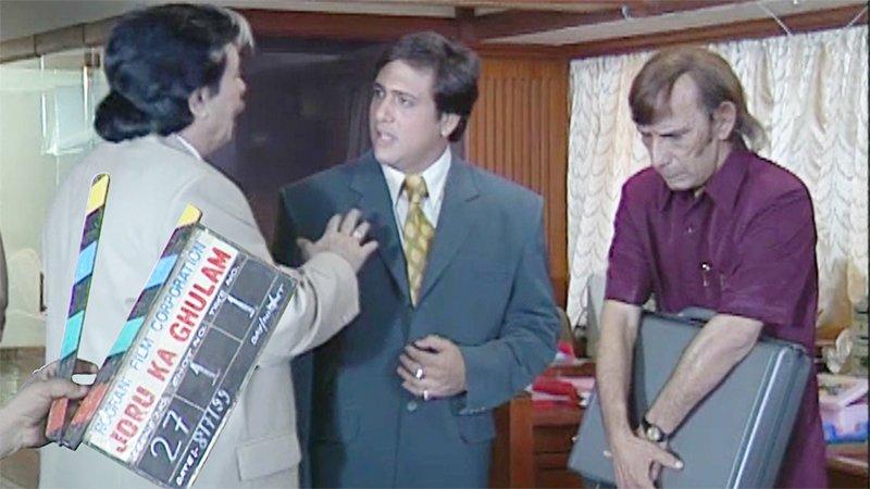 Govinda Chats Up With Lehren During The Making Of Joru Ka Ghulam With Kader Khan