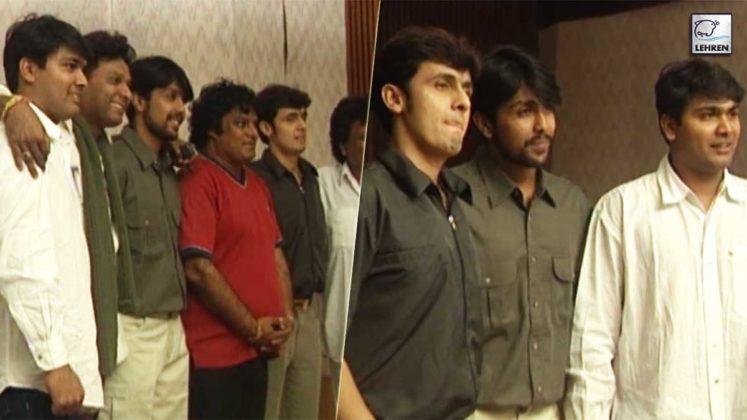 Sonu Nigam Talks To Lehren During The Song Recording For Film 'Suno Sasurjee' (2004)