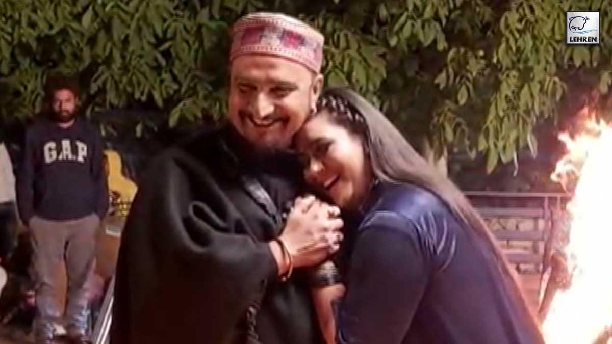 Shooting Of Music Director Ghulam Ali's Album 'Bekhabar'