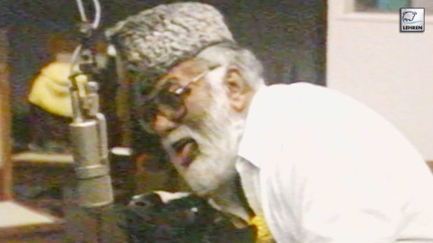 mehmood-funny-music-recording-with-goats