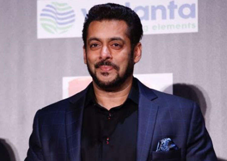Watch Salman Khan in the Dus Ka Dum first promo!