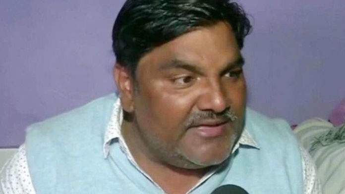AAP Suspends Councillor Tahir Hussain Charged Over Death Of IB Officer