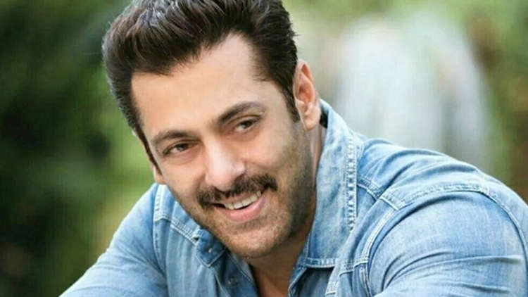 Salman Khan Begins To Transfer Money For Bollywood's Daily Wage Workers