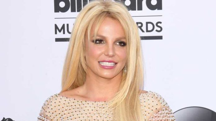Here's Why Britney Spears Feel Like An 'Ugly Duckling' And Still Had Insecurities Growing Up