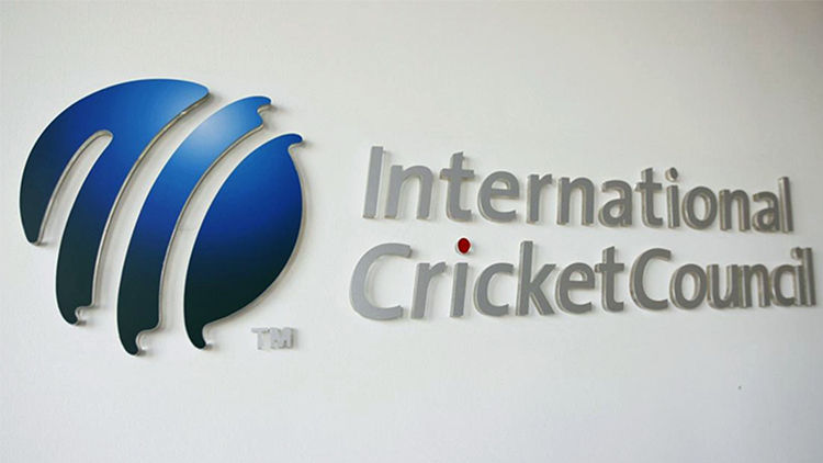 icc-recommends-use-of-gloves-for-umpires-14-days-isolation-training-camps-in-guidelines-1590219823.jpg