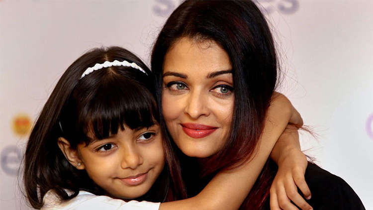 Aishwarya Rai Admitted To Hospital
