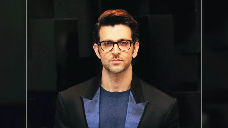 Hrithik Roshan Generously Extends Financial Support To 100 Bollywood Dancers