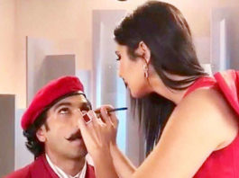 Katrina Kaif applies 'Kohl' for Ranveer Singh and he claims he has achieved Unprecedented level of hotness