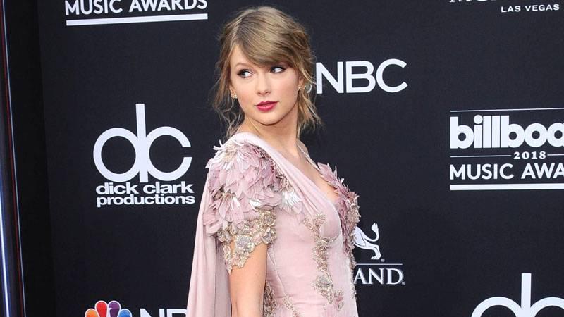 Taylor Swift Raised Her Voice Against 2020 Census For 'Brutal' Transgender Erasure