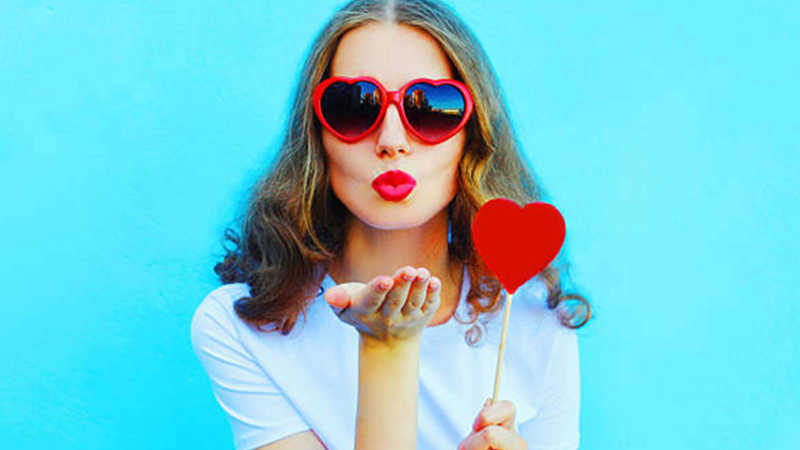 Top 5 super fun things to do if you're alone this Valentine's Day