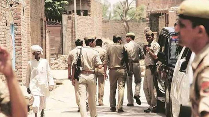 UP News: 8 UP policemen killed in firing while trying to arrest history-sheeter