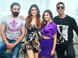 Here's what Akshay Kumar gifted his Housefull 4 co-actors for their punctuality