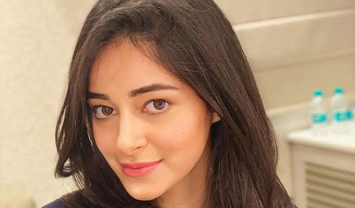 Ananya Panday reacts on dad Chunky Panday's comment about him being wilder than her
