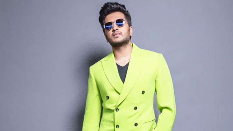 Riteish Deshmukh states that acting is his job while he leaves politics to my brothers