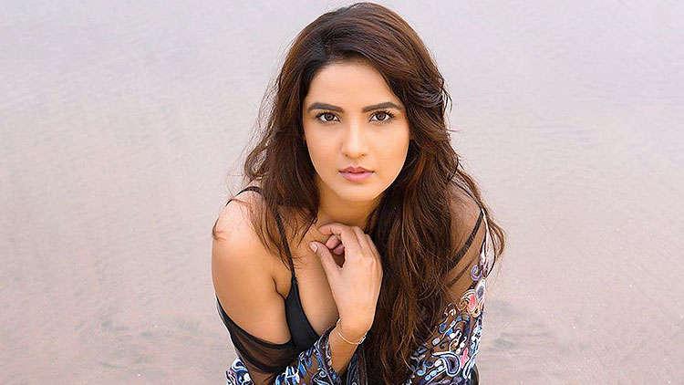 Jasmin Bhasin states that she and Sidharth Shukla never fought with Rashami Desai