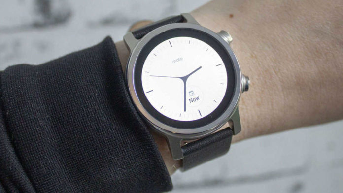 Moto 360 returns as a wear OS Smartwatch, but there's another big difference