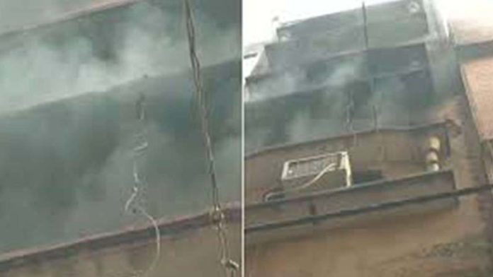 Fire breaks out in same Delhi building where 43 died yesterday