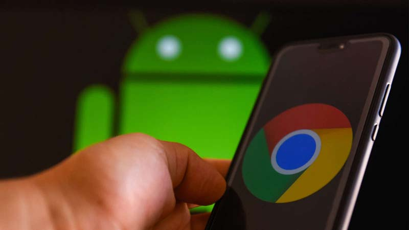 Google pauses Chrome update as bug deletes data from Android apps