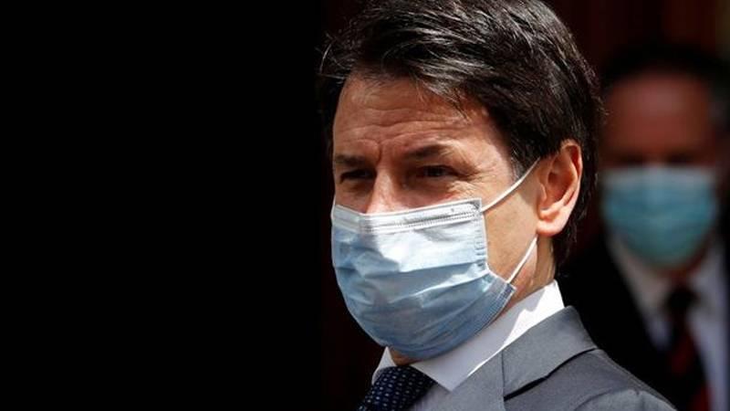 Italian prosecutors question PM Conte over Covid-19 response