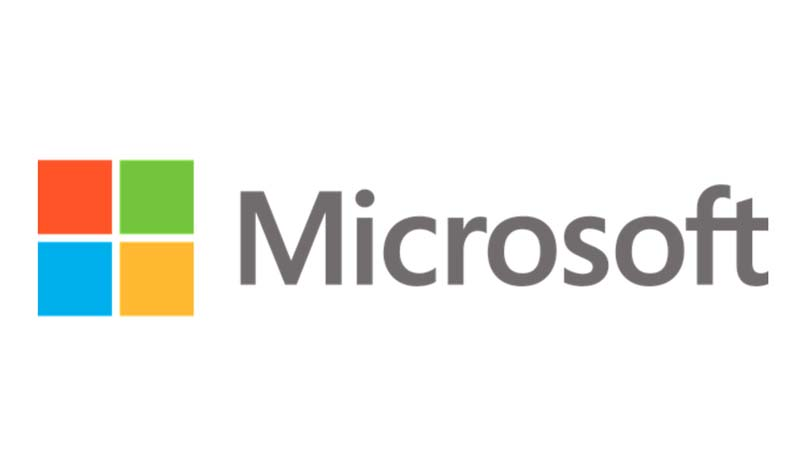 Microsoft hires ex-Apple wireless exec for hardware division