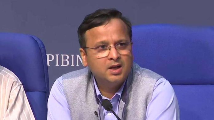 No decision on extending lockdown as yet, please don't speculate: Govt