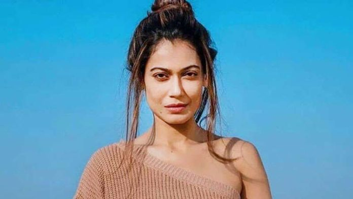 Payal Rohatgi gets jailed for her post on the Nehru and Gandhi family