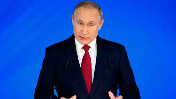 Putin sends proposed constitutional changes to parliament