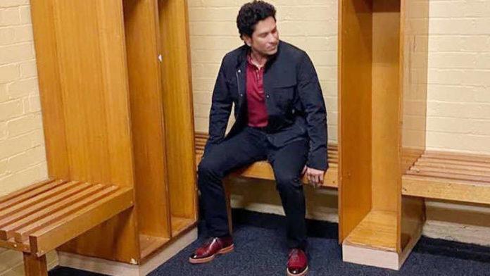 Sachin Tendulkar Hit By Nostalgia As He Visits Sydney Cricket Ground