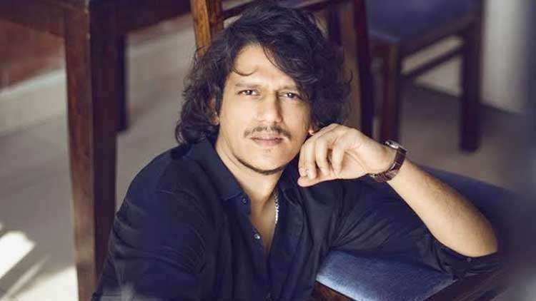 """Vijay Varma Compliments His Co-Star Tiger Shroff says, """"I'm completely in awe with him"""""""