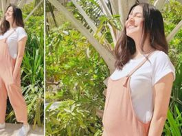 Anushka Sharma Flaunts Her Baby While Posing For A Sun-Kissed Picture