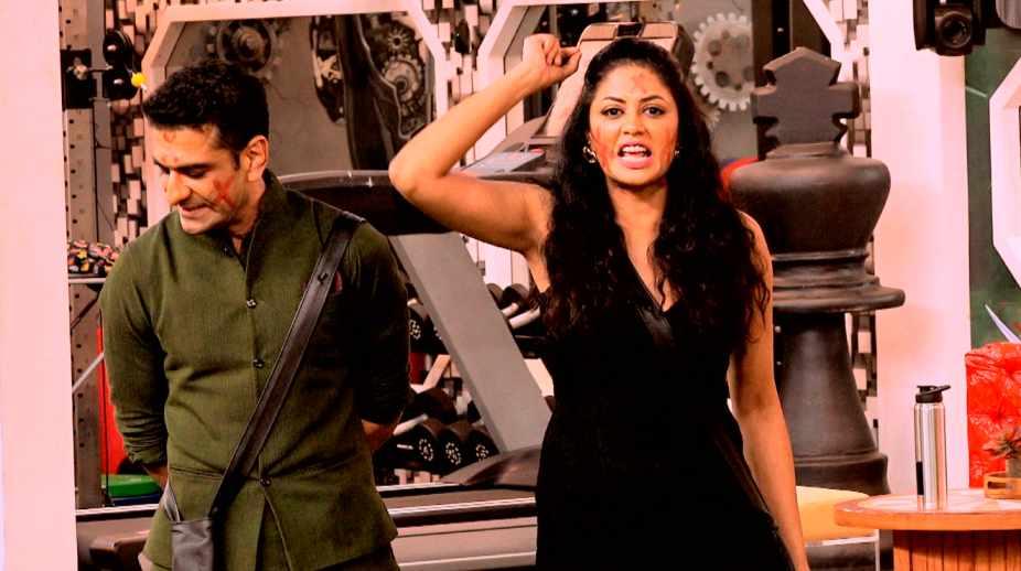 Kavita Kaushik Calls Eijaz Khan 'Opportunist'