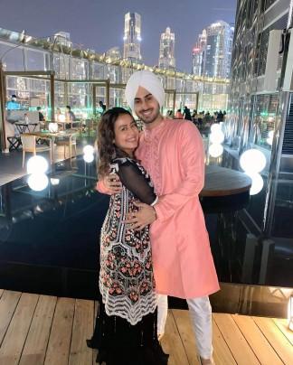 Love Is In Air For Neha Kakkar And Aditya Narayan On Indian Idol 2020