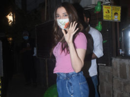 Tamannaah Bhatia snapped with friends in Bandra