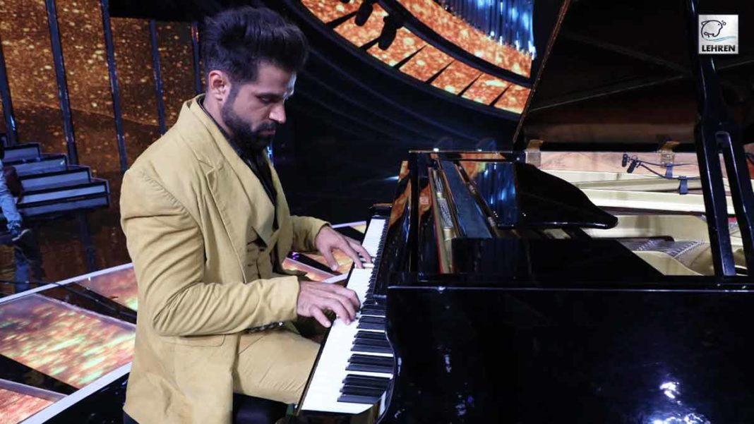 rithvik plays piano in indian idol 12