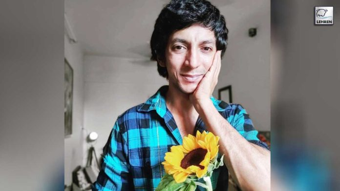 Anshuman Jha always felt that nature smiles at us in flowers