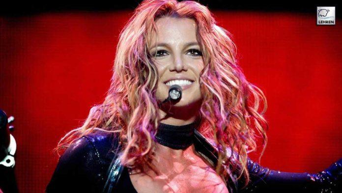 Celebs Support Britney