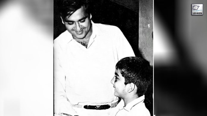 On-the-occasion-on-Sunil-Dutt's-birthday,-Sanjay-Dutt-shares-a-throwback-picture-with-his-late-father