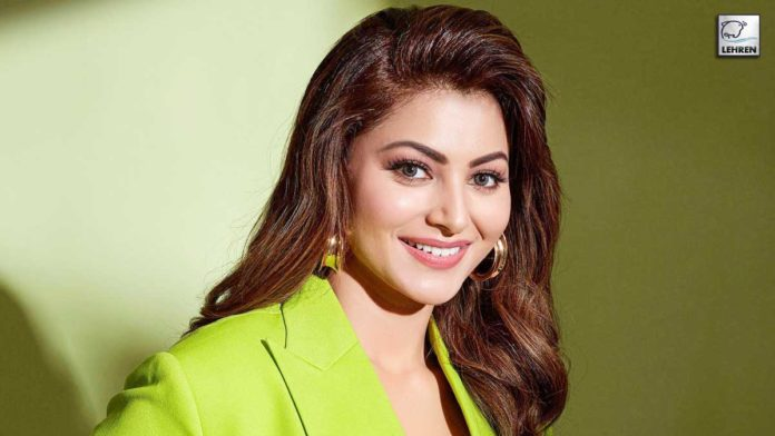 Urvashi Rautela supports India in the Olympic Games 2021